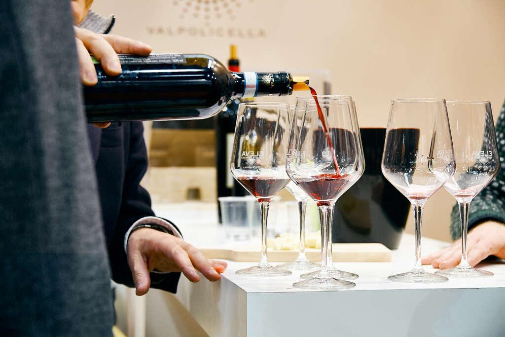 Wine tasting Vin Reale As